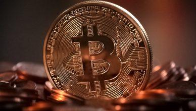 Bitcoin, stop delle borse cinesi